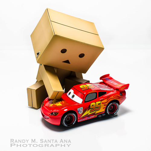 Danbo Loves Cars.