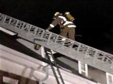 Climbing aerial ladder