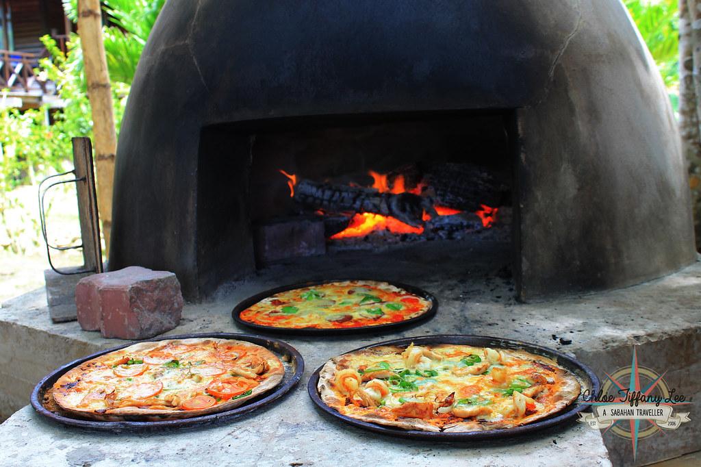 Stone Oven Pizza, Pantai Grill, Bunga Raya Island Resort and Spa, Gaya Island, Pulau Gaya, Tunku Abdul Rahman Parks, Sabah Parks, Kota Kinabalu, Sabah, Chloe Tiffany Lee
