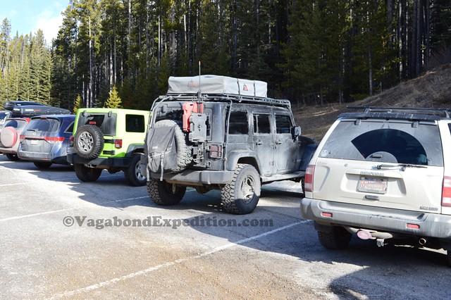 1024 - ve - jeep by jeep lake minnewanka - DSC_1681