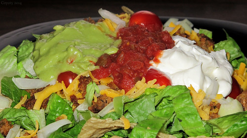 Taco salad by Coyoty