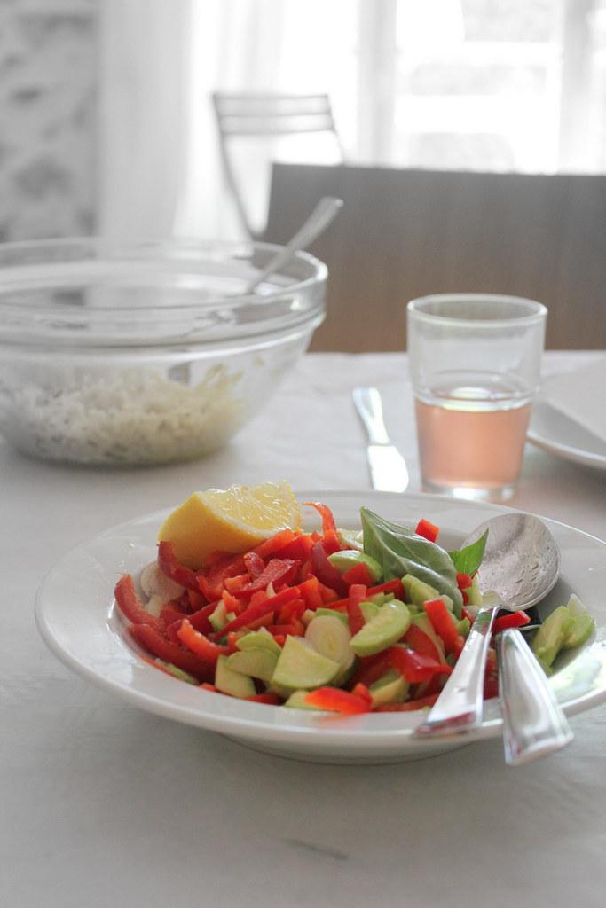 Peperoni e zucchine con olio aglio basilico e limone