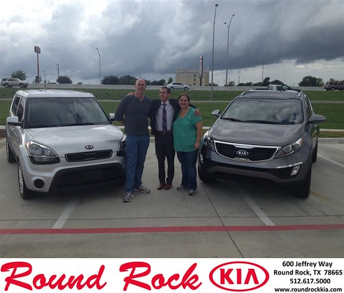 Thank you to Heather Makare on your new 2013 #Kia #Sportage from Derek Martinez and everyone at Round Rock Kia! #NewCarSmell by RoundRockKia