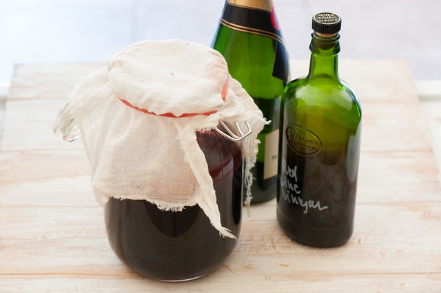 make wine vinegar