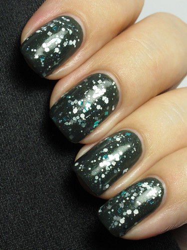 Essence Walk On The Wild Side / ILNP Up To Snow Good