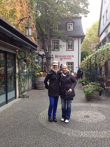 Teri and Melissa in Rudesheim