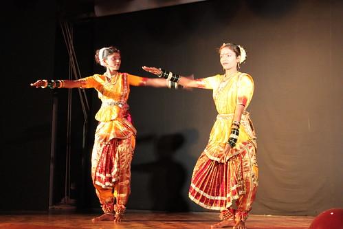 IMG_9213-Kajuraho-dancers