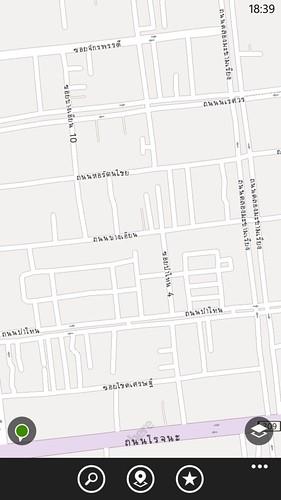 HERE map ก็ใช้งานได้ค่อนข้างดี แม้ลูกเล่นยังไม่เท่า Google Maps
