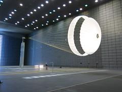 Testing Schiaparelli's parachute