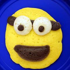 2013 06 Minion Pancakes (4)