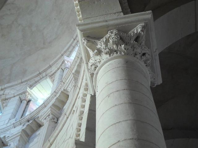 Corinthian capital,  Notre Dame de Charite