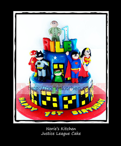 Norie's Kitchen - Justice League Cake by Norie's Kitchen