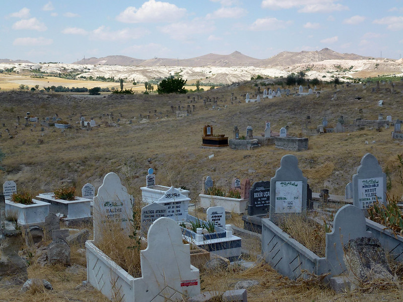 Turquie - jour 21 - Vallées de Cappadoce  - 022 - Çavuşin, le cimetière