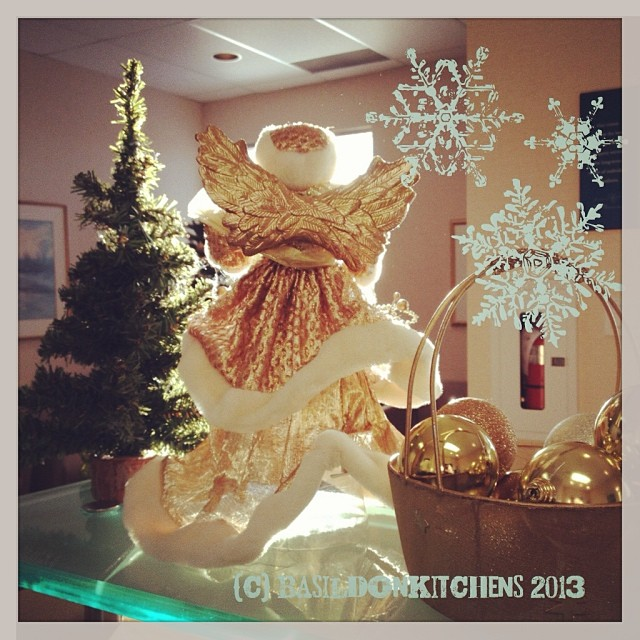 Dec 30 - decorations {the sun was shining on these decorations at the office this morning} #photoaday #decorations #angel #christmas #holiday #rhonnadesigns