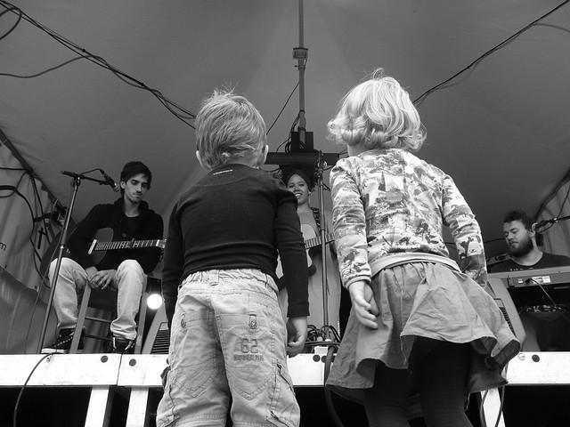 Jonge fans bij Ma Forêt.