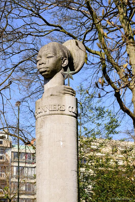 statue in ixelles