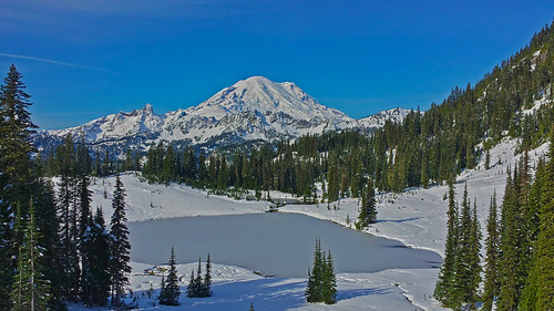 Tipsoo Lake and Mt Rainier