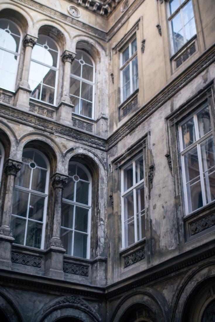 Budapest_January_2014_Prezi-6
