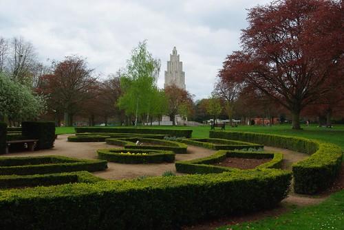 20130503-01_Rose Garden + War Memorial Tower_Coventry War Memorial Park by gary.hadden