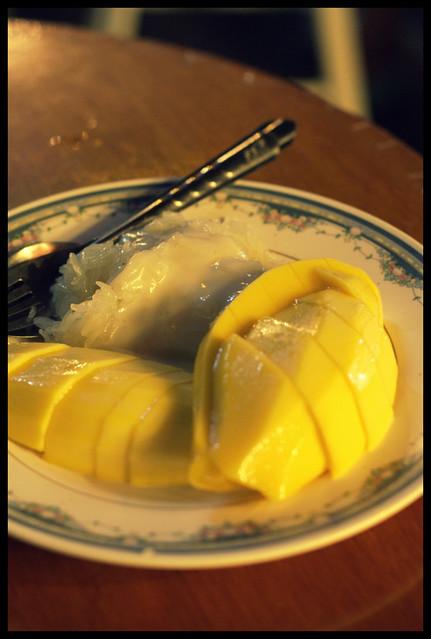 supper item - mango sticky rice