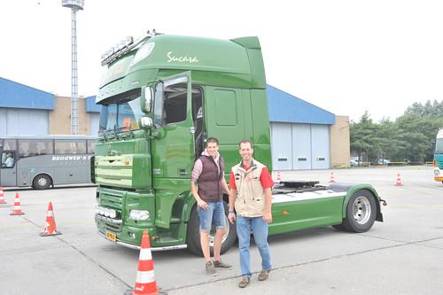 Broer Martijn met chauffeur Bas