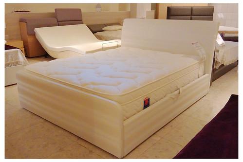 掀床工廠推薦款-摩登白橡床組-高質感排骨透氣掀床床架組2