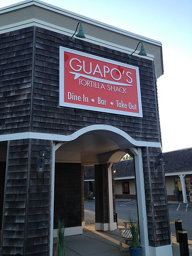 Guapos Signage