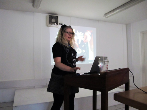 Me presenting 'On Wearable Technology, Makers & Making'