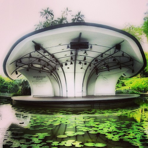 Shaw Foundation Symphony Stage at #singapore Botanic Gardens by @MySoDotCom