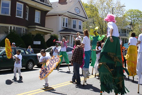 Kids on stilts join the parade!