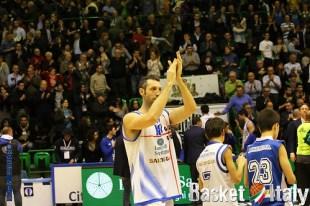 Sassari, il saluto di capitan Vanuzzo: