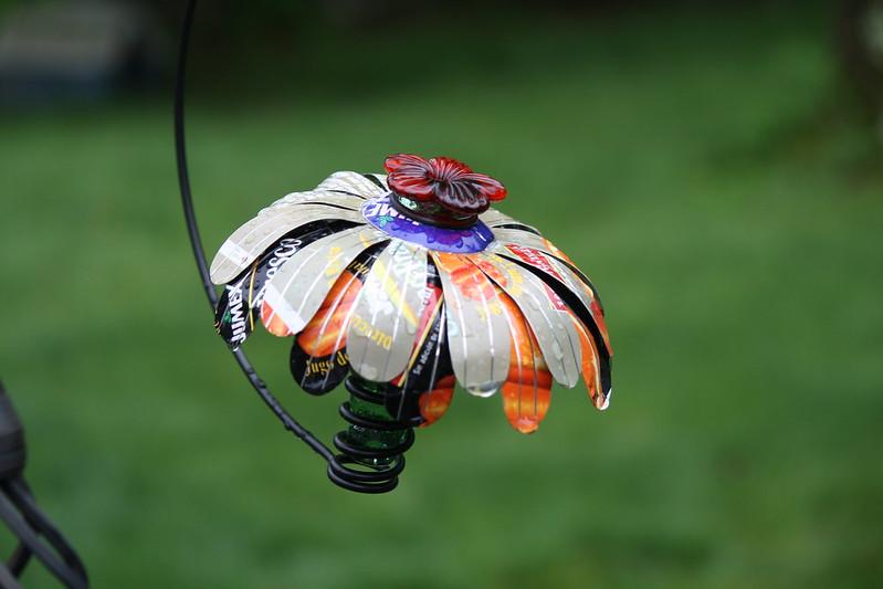 new hummingbird feeder 2