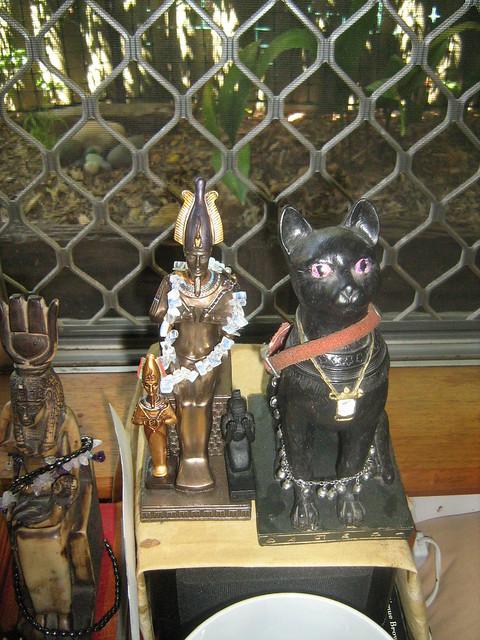 Netjeru Shrine - Wesir's side