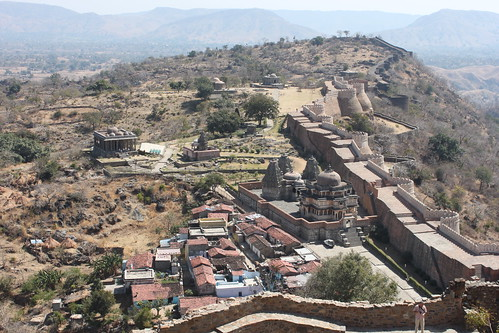 IMG_1594-Kumbalgarh-fort