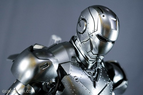 Hot Toys Iron Man 2 - Mk II Armor Unleashed Ver. Review MMS150 Unboxing (77)
