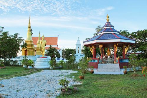 Wat Phranorn Laemphor, Ko Yo, Songkhla