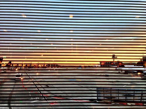 Frankfurt Airport by SpatzMe