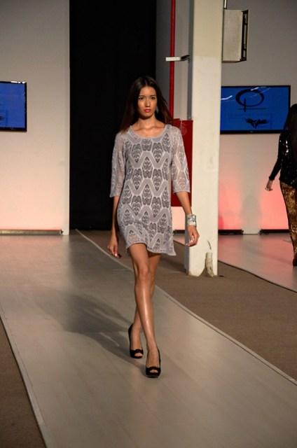 Gray see-through short dress - Intermoda Trends