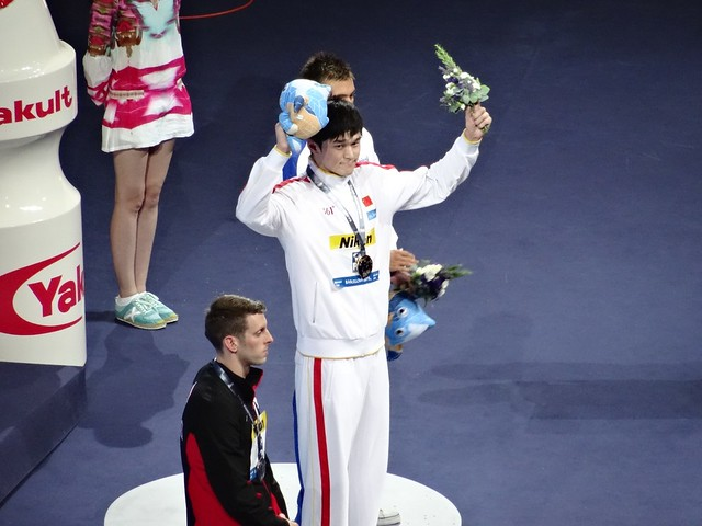 Sun Yang on top of the BCN2013 men's 1500 free podium
