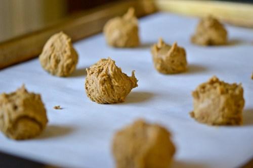 Pumpkin Cream Sandwich Cookies-5