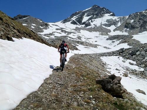 Heading to Col de la Bailletta