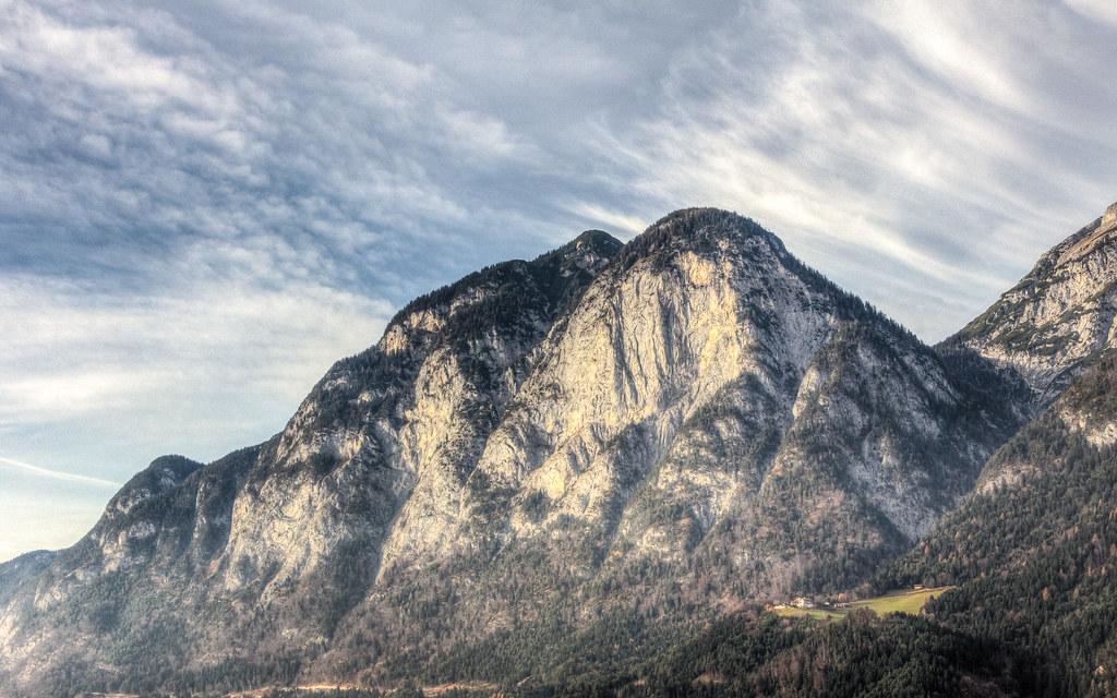 Innsbruck Hill.jpg