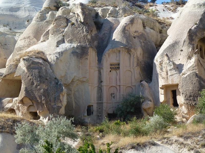 Turquie - jour 21 - Vallées de Cappadoce  - 170 - Çavuşin, Kızıl Çukur (vallée rouge)