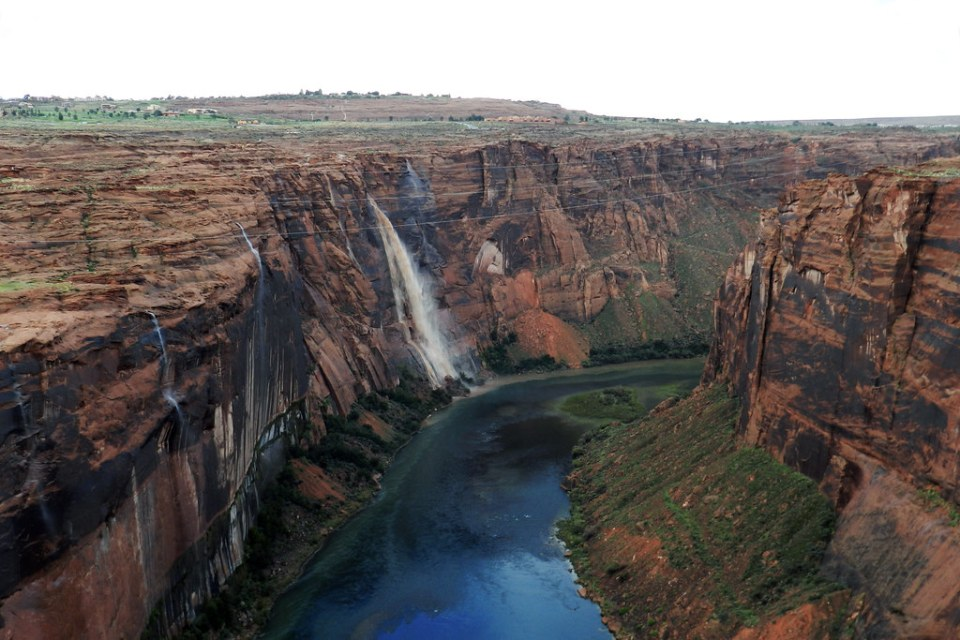 Presa del Cañon de Glen o Glen Canyon Dam EEUU 02