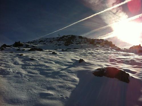 Gipfelkreuz Amperspitze in Sicht