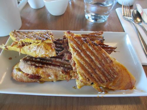 Deville Cafe
