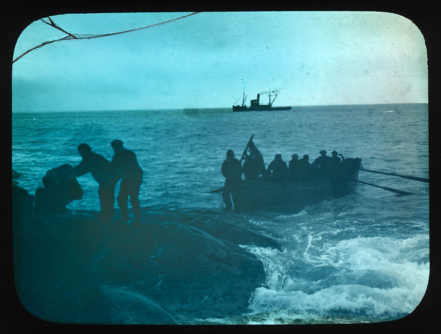 Relieving of marooned men by Chilean tug Yelcho, 1916 / photographer Frank Hurley