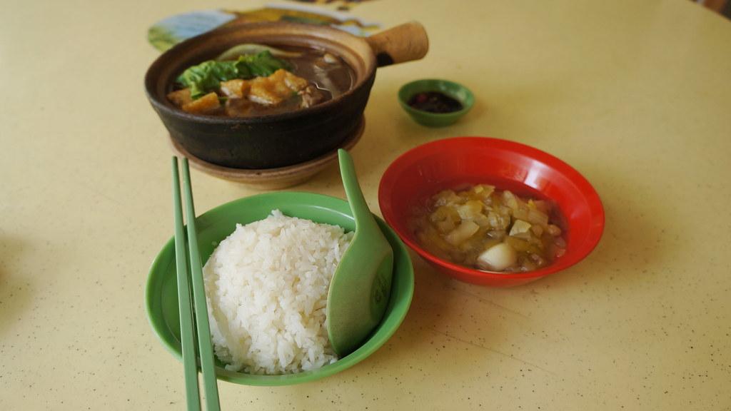 Hongji Claypot Bak Kut Teh   Blk 107, Ang Mo Kio – Levin