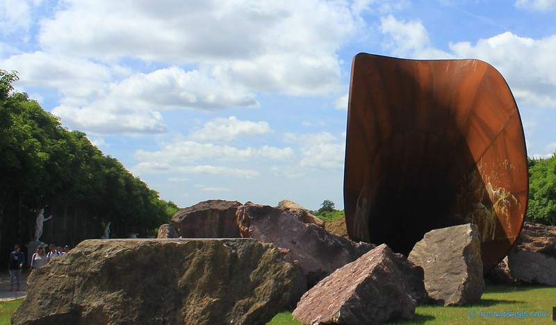 Dirty Corner - Sculpture by Anish Kapoor in the Garden of Palace of Versailles