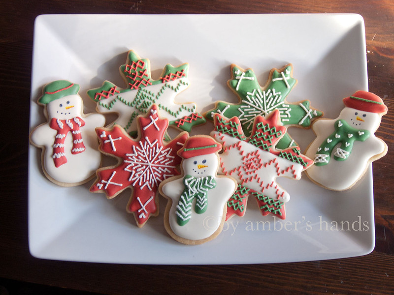 Christmas Sweater Cookies -- A Fair-Isle Pattern for Cookies